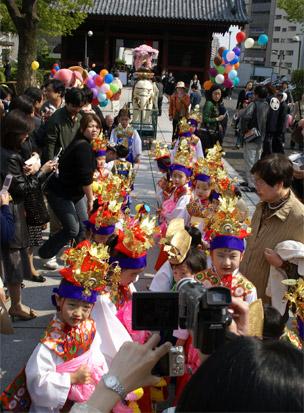 4月 2日 花まつり灌仏会のご案内